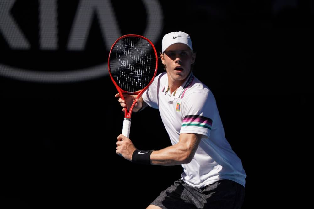 Shapovalov et son poly tour strike
